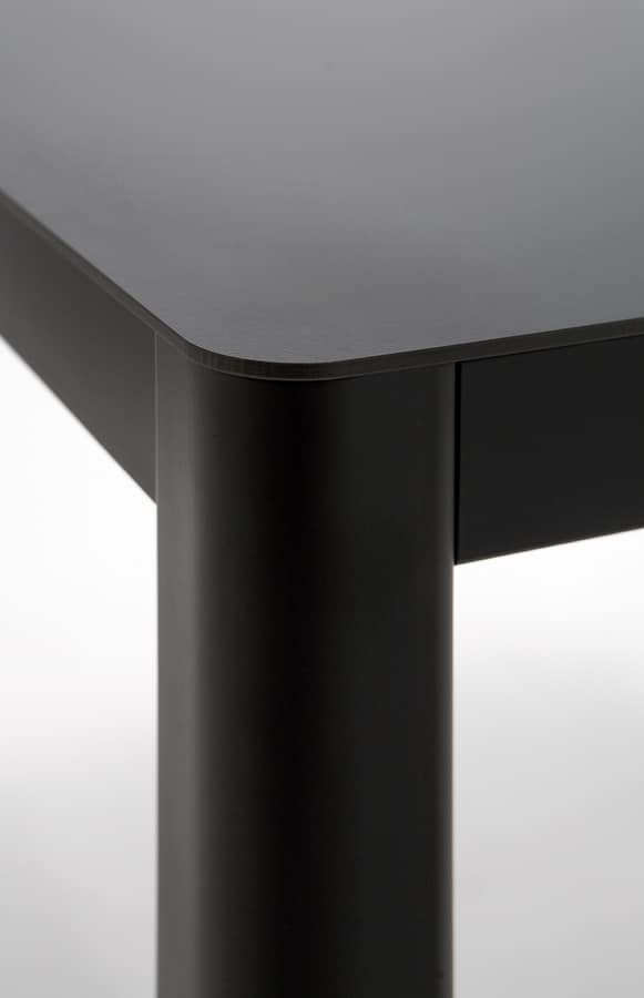 La h75, Metall-Tisch mit HPL-Platte, moderne Linie