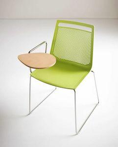 Akami SST, Stuhl mit Schreibtafel