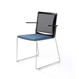 Multi mesh, Stuhl auf Kufen aus lackiertem Metall, Netzrücken, Polypropylen Sitz