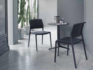 Ara, Stapelbarer Stuhl aus Polypropylen