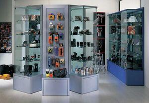 Overglass comp.03, Vitrinen und Ausstellungselemente für Geschäfte