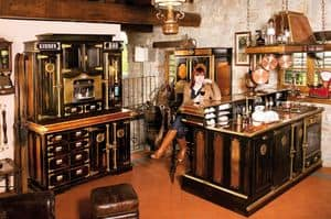 Art. 518, Old-style Küche mit Bartheke