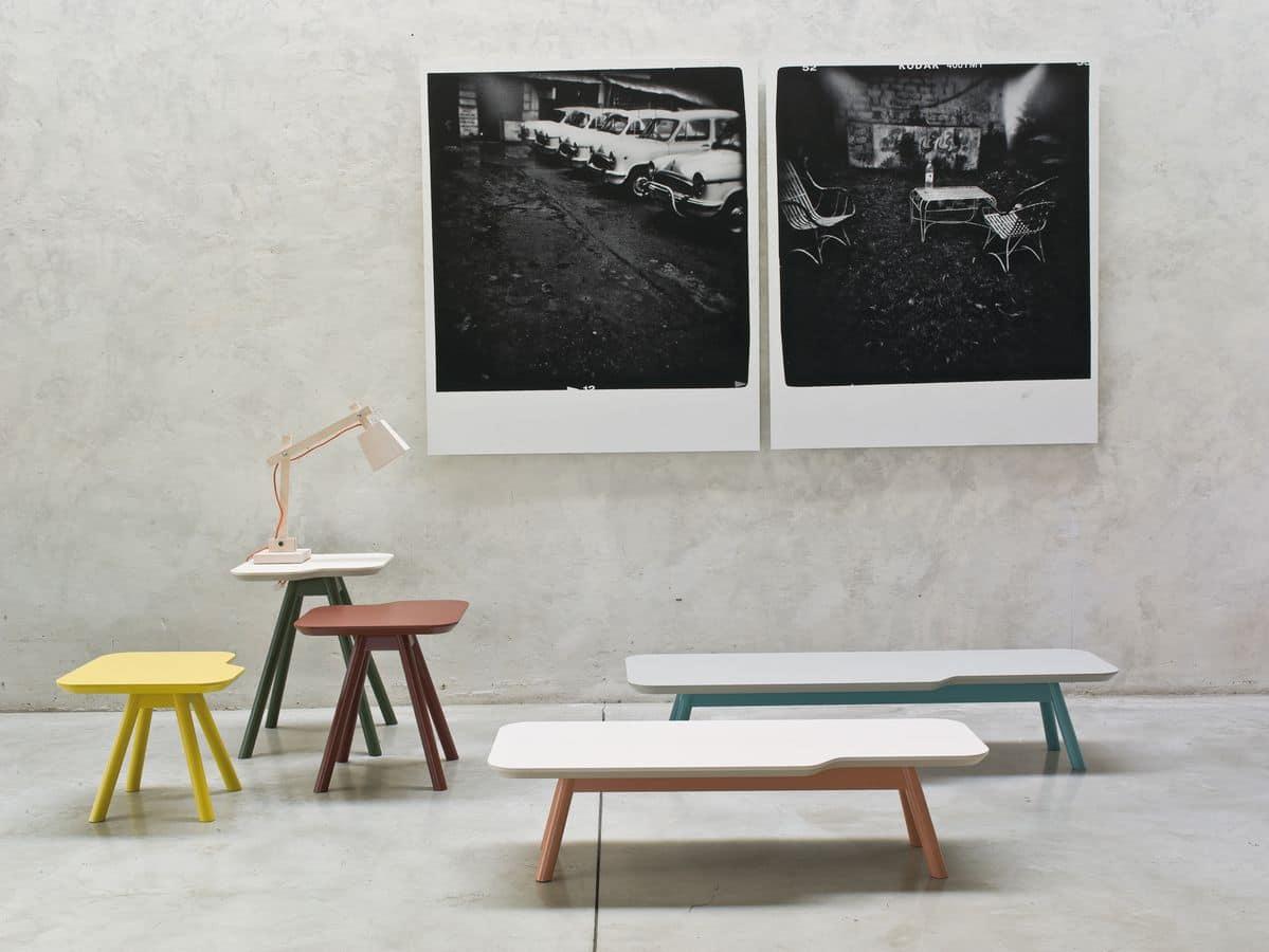 ART. 00111 AKY, Kleiner Tisch aus wesentlichem Design