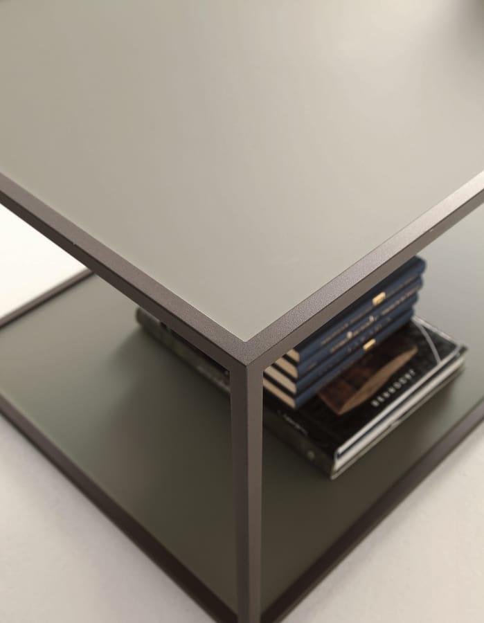t112 square, Kleine quadratische Tisch mit zwei Spitzen