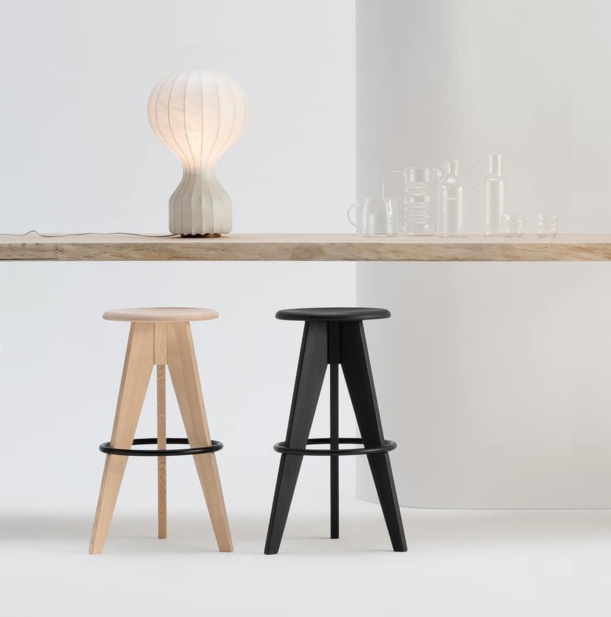 ART. 308 TURN, Hocker mit runder Sitz, aus Holz
