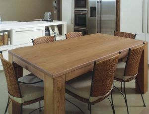 Gaia 114, Tisch aus massivem Eschenholz