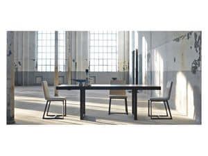 Ausziehbaren tisch in nussbaum furniert f r k che idfdesign for Moderne holztische