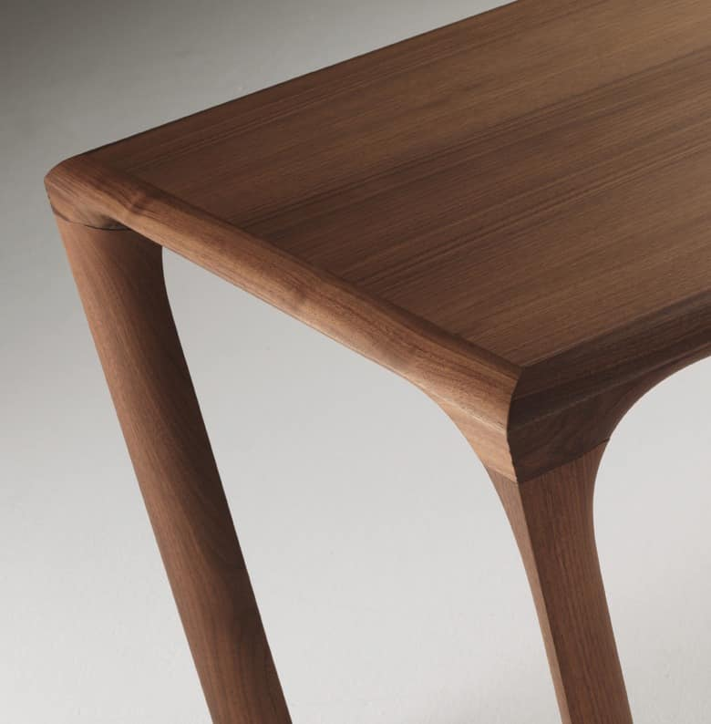 tabelle komplett in eiche f r moderne k che idfdesign. Black Bedroom Furniture Sets. Home Design Ideas