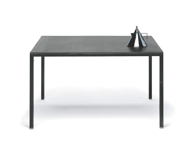 Metallrahmen tisch