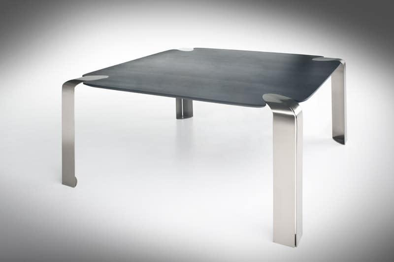 quadratischen tisch mit beinen aus metall glasplatte. Black Bedroom Furniture Sets. Home Design Ideas
