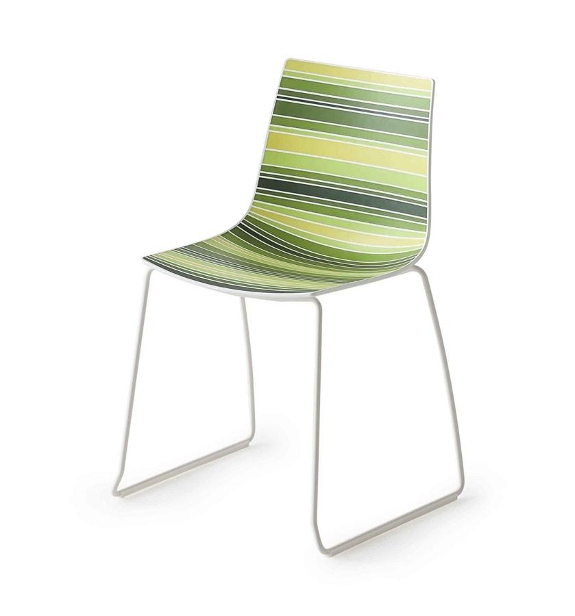 Design stuhl mit beinen aus metall schlittenmetallbasis for Design stuhl metall
