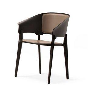 Threepiece, Stuhl aus Holz, mit einem raffinierten Design