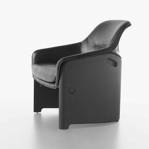 Avus Club Armlehnstuhl 1920-12, Hohe Design-Stuhl, Kunststoff, mit Polyurethan gepolstert