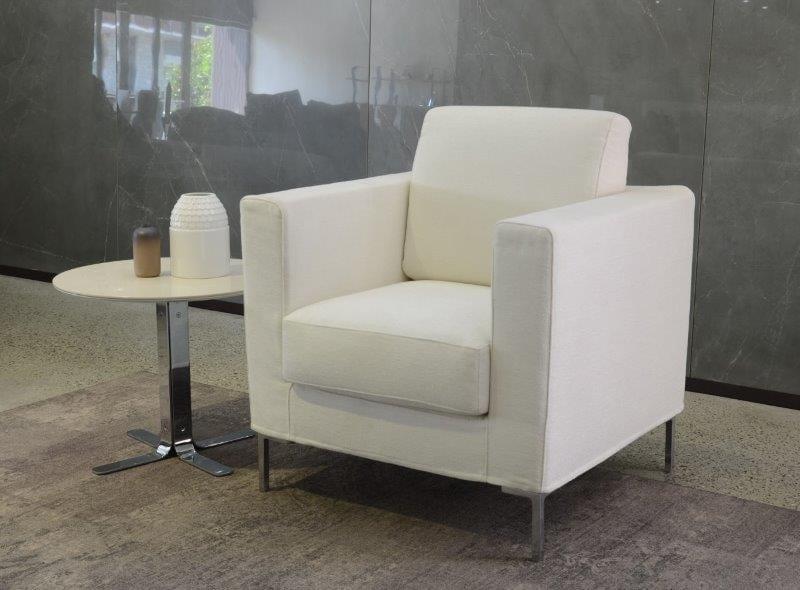 Bequemer und nicht sperriger Sessel | IDFdesign