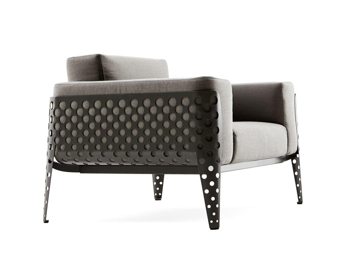 sofas polstersitze sessel f r drau en metall idfdesign. Black Bedroom Furniture Sets. Home Design Ideas
