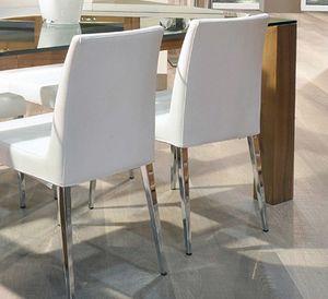 Hollywood 247, Gepolsterter Stuhl mit Metallbeinen
