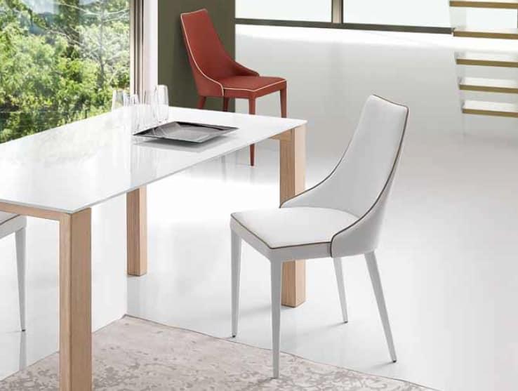 Nives, Gepolsterter Stuhl mit umhüllender Rückenlehne