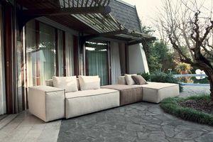 CUBO, Modulares Sofa mit breiter Armlehne