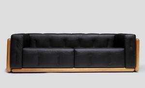 Olmo, Sofa mit Walnuss Struktur