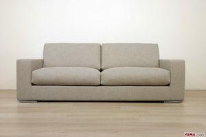 Zoe, Sofa mit Gänsedaunenpolsterung für einen angenehmen Komfort