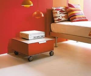 PRISMA comp.06, Moderne Nachttisch mit Rädern, für das Kinderzimmer