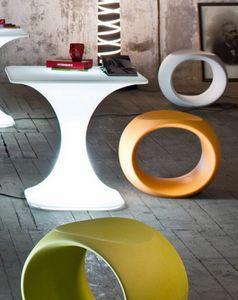 Cero, Niedrige Stühle aus Polyethylen, in verschiedenen Farben
