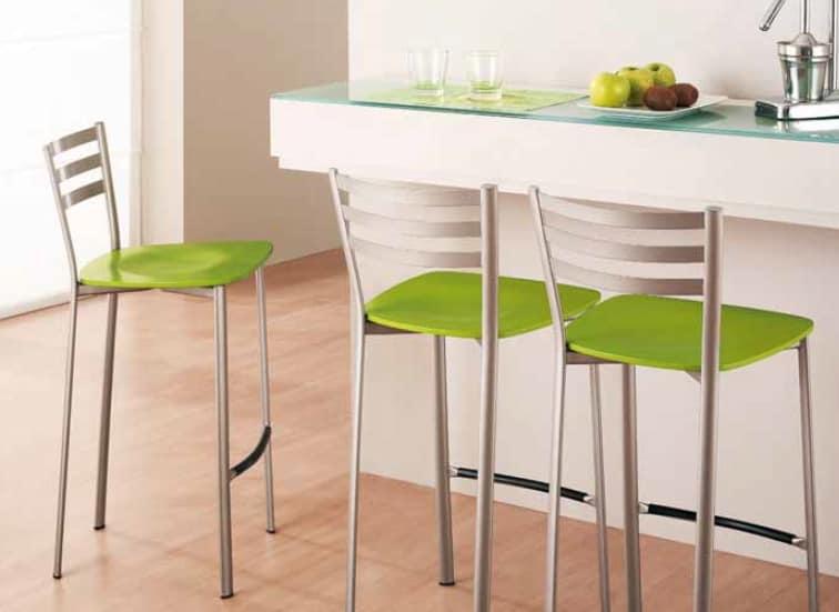 Hocker aus Metall für Küche und Bar | IDFdesign