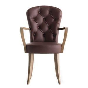 Euforia 00121K, Sessel mit gesteppte Rückenlehne und Armlehnen aus Holz