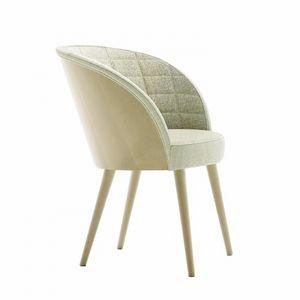 Rose 03038, Stuhl mit Rückenlehne innen in Rechtecken gesteppt