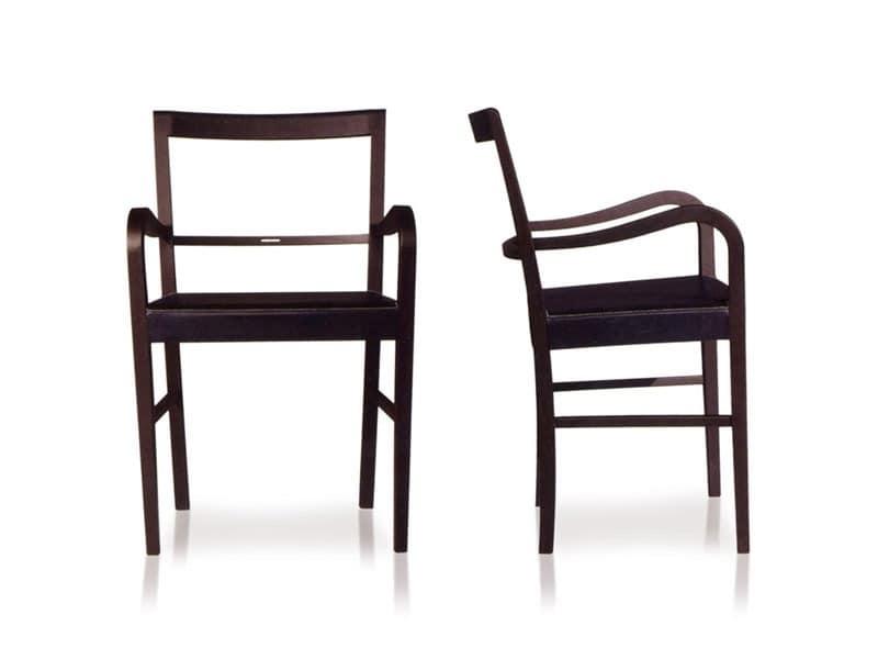 stuhl aus holz mit armlehnen f r die gastst tten und. Black Bedroom Furniture Sets. Home Design Ideas