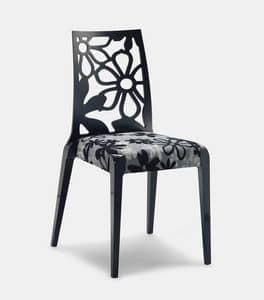 Art. 152, Holzstühle, Rückenlehne mit Blumenbeschaffenheit