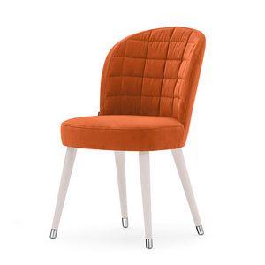 Rose 03014, Gepolsterter Stuhl mit Rückenlehne in Rechtecken gesteppt