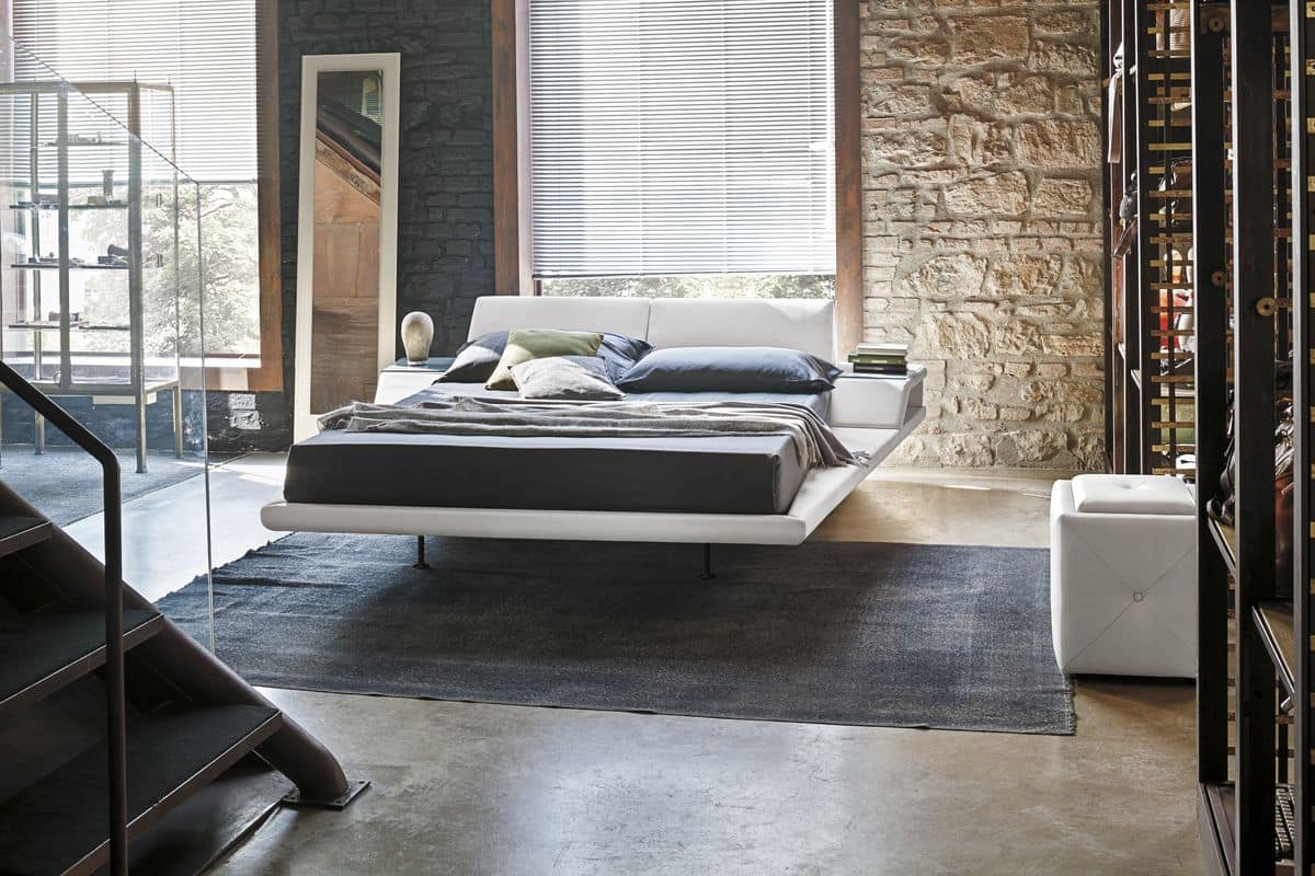 Kingsize-Bett mit Liegekissen und eingebauten Nachttische | IDFdesign