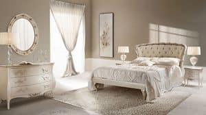 Rose Bett, Doppelbett aus geschnitztem Holz, aufgefüllt, gesteppt