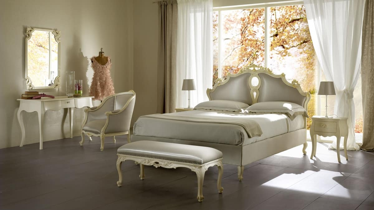 polsterbett aus massivem holz f r luxus hotels idfdesign. Black Bedroom Furniture Sets. Home Design Ideas