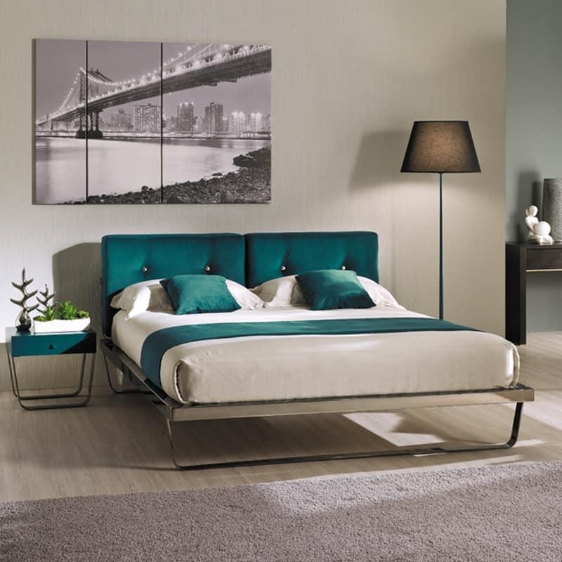 eisen doppelbett gepolstert mit einfachen linien idfdesign. Black Bedroom Furniture Sets. Home Design Ideas