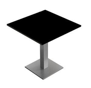 Caio, Tische für Bars und Restaurants, in zwei Höhen, mit Oberseiten in Form und Oberflächen anpassbar