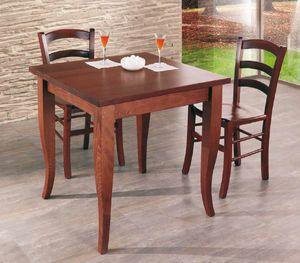 Cral, Holztisch für das Restaurant