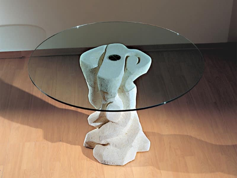 Runder tisch mit sockel aus stein oben in glas idfdesign for Glass tavoli cristallo
