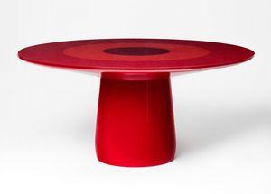 Roundel, Runder Tisch mit starker skulpturaler Qualität