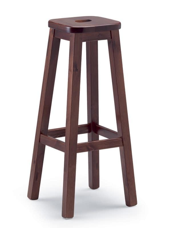 robustes kiefern stuhl zum rustikalen h usern und. Black Bedroom Furniture Sets. Home Design Ideas