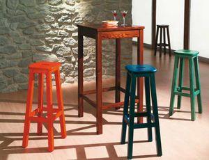 Bar-A, Hoher Kiefernholztisch für rustikale Pubs