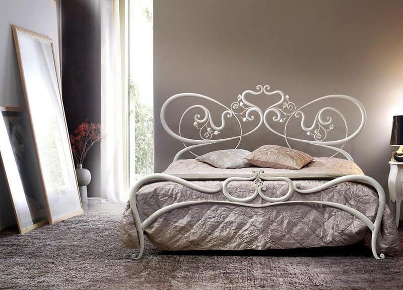 doppelmetallbett geschwungene linien romantische bed. Black Bedroom Furniture Sets. Home Design Ideas