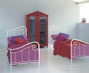 Holiday, Einzelbett in dekoriertem Eisen