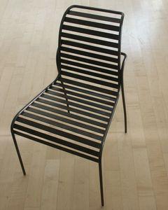 Crosby, Stuhl aus Eisen für den Außenbereich