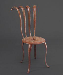 HF2013CH, Eisenstuhl mit Dekoration auf dem Sitz
