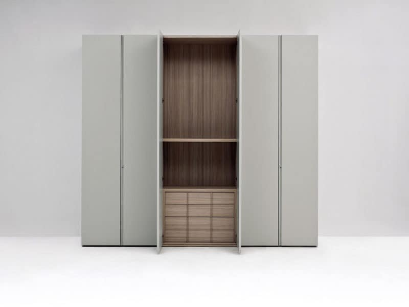 design garderobe in lackiertem holz mit modularen interieur idfdesign. Black Bedroom Furniture Sets. Home Design Ideas