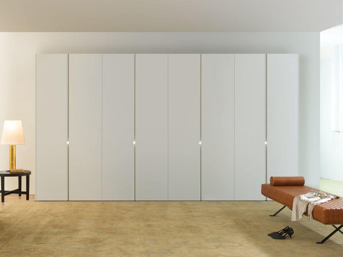 moderner kleiderschrank schiebe oder dreht ren wei lackiert idfdesign. Black Bedroom Furniture Sets. Home Design Ideas