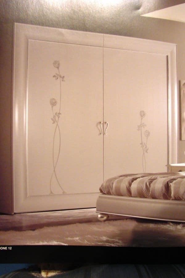 lagerung schr nke kleiderschr nke klassische stil luxus und klassisch idfdesign. Black Bedroom Furniture Sets. Home Design Ideas