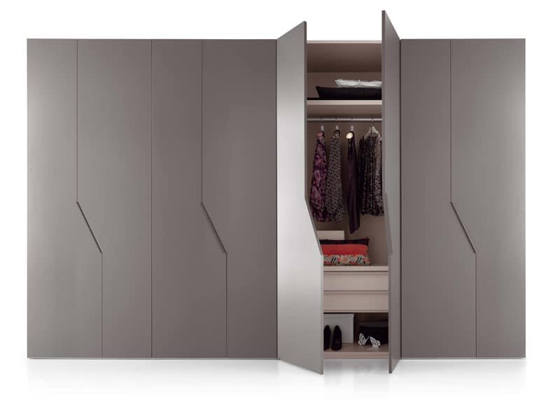 diagona hinged door 2 schr nke begehbare schr nke idfdesign. Black Bedroom Furniture Sets. Home Design Ideas